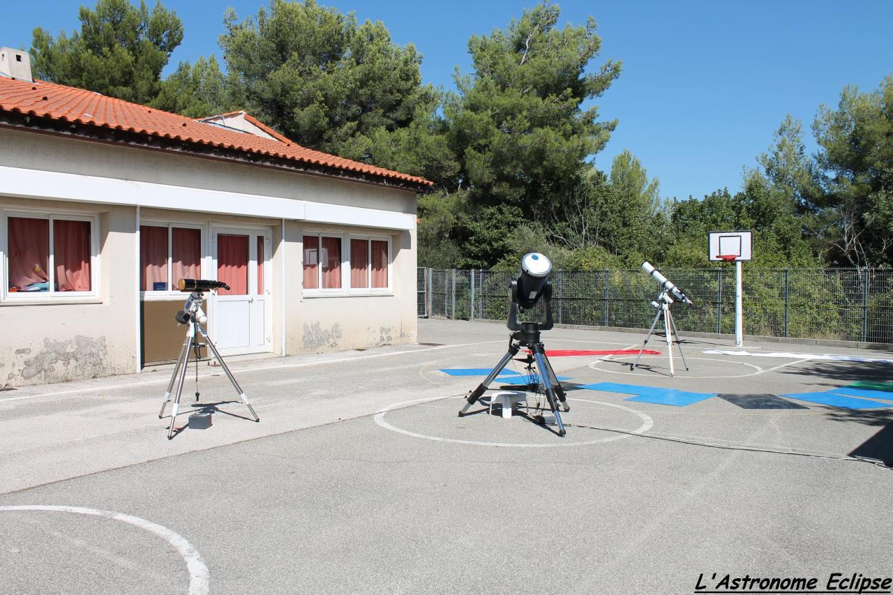 Plusieurs instruments dédiés à l'observation solaire