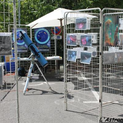Le stand Astropleiades et l'exposition