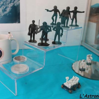 Quelques objets de la conquête spatiale (2)