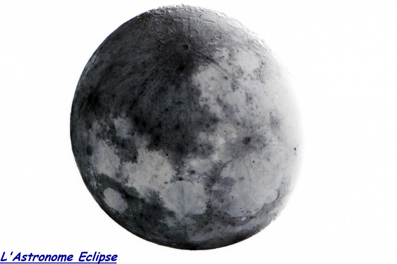 """""""Oeuf lunaire"""" selon L'Astronome Eclipse! (19 Août 2013)"""
