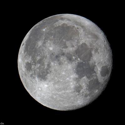 Lune à 98%