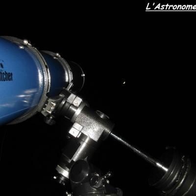 L'œil de l'astronome, face à la Lune...