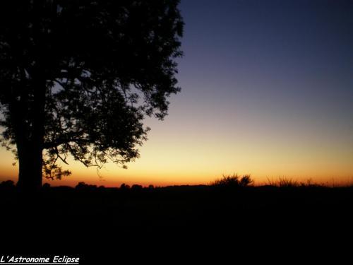 Coucher de soleil cantalien (photo L'Astronome Eclipse)